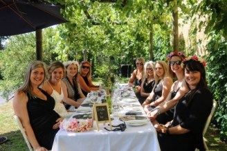 day-delights-hens-winery