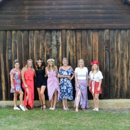 day_delights_sydney_events_group_barn