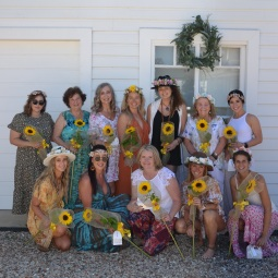 day_delights_sydney_friends_ladies_day_events