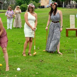 day_delights_sydney_hens_events_lawn_games
